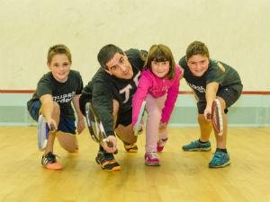 Classes-de-squash-per-nens